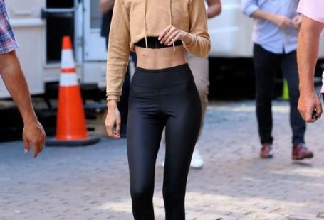 Şık ve Rahat Günlük Kıyafet Kombinleri Spor Giyim  #moda #fashion #streetstyle #outfits #outfitoftheday