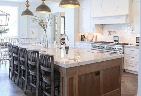 100+ Gorgeous white kitchens. Beautiful kitchen designs. #interiordesign #interior #interiordesignideas #interiordecorating