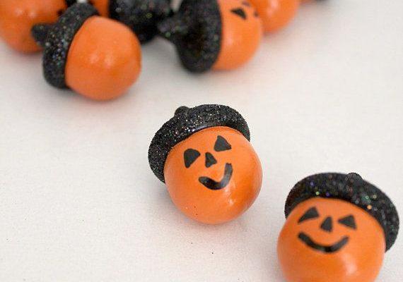 1001 craft ideas with acorns