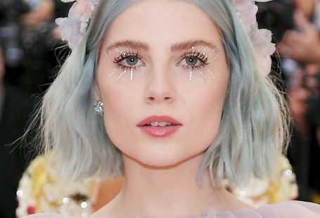 11 Over-the-Top Gorgeous Beauty Looks From the Met Gala