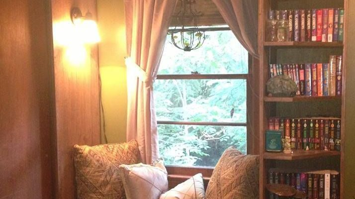 A window seat and bookshelves. What more could you want?