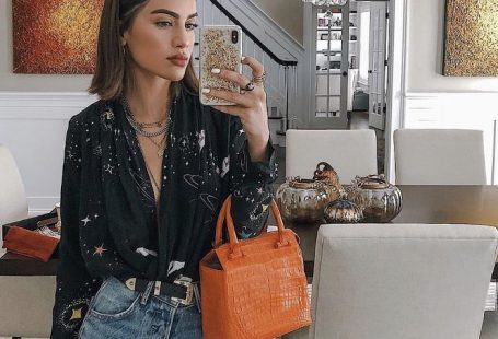 16 Cool Ways to Style Your Jeans This Fall
