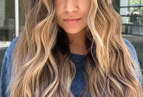 Super Long Shag Haircut #longshaghaircut #shaghaircut #haircuts #longhair ❤️ Nothing can compare to the beautifying power of the long shag haircut! Check out our ideas to get what we mean! Moder