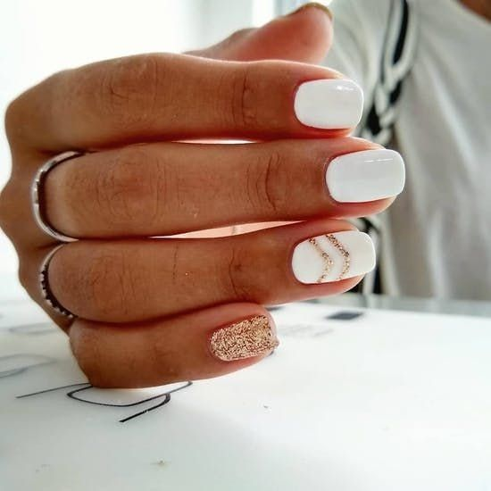 All of the best summer nails (summer nail colors) that are in right now! I love gorgeous nails as much as the next girl and always want to know what to pick during my next summer manicure. If you're looking for easy summer nails or a summer nails DIY, I've included additional blog posts for that. Check out my favorite summer nail colors and do your own summer nails before the summer even gets started! #summernails