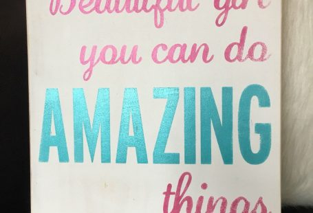 Motivational sign for her - wood sign - beautiful girl you can do amazing things sign - girls bedroom decor - teen girl decor ideas - tween