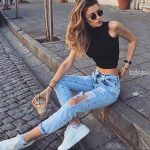 Ripped jeans are considered as one of the best casual outfits for every season…