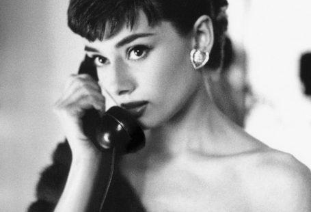 Audrey Hepburn And Her Pet Fawn Ip