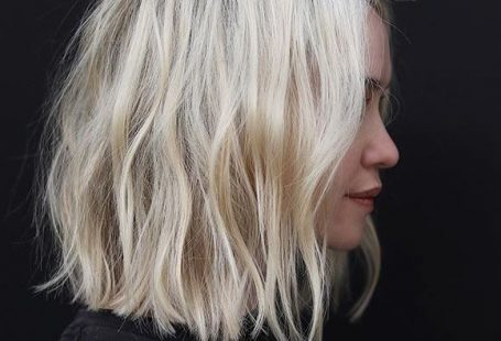 Blonder welliger Bob, kurze wellige Bob-Frisur. Inspo gewelltes Haar. Kurzes Haar inspo. - #Blonder #Bob #BobFrisur #gewelltes #Haar