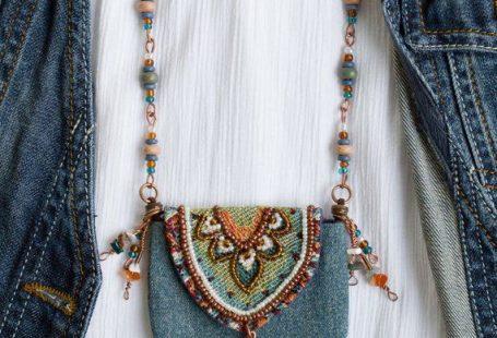 Bead pouch necklace,Amulet necklace bag,Hippie,Bag pendant,Textile jewelry,Boho jewelry necklace,Boh