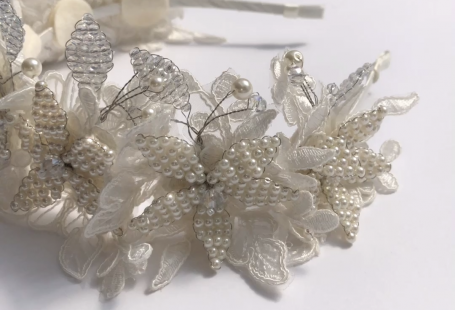 Sienna Likes to Party are the specialists in designer, hand crafted hair accessories and jewelry.  Each luxury piece is created with the best of lace, pearl and cut crystal beads.  Worldwide shipping.