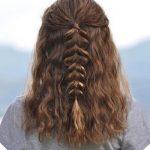 Eingängige umsponnene Frisur-Ideen für die Mädchen, die kurzes Haar haben  #eingangige #frisur #haben #ideen #kurzes