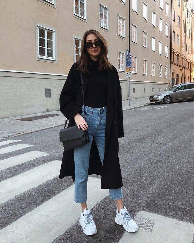 Volg deze modemeisjes voor een les in minimalistische stijl   - Fashion. #wintermode #winter #mode