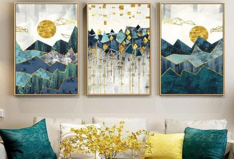 Landscape paintings are a pretty common sight in most living rooms... But you don