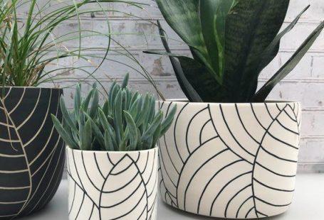 leaf carved large ceramic planter - ceramic container - utensil holder - wheel thrown planter - mode