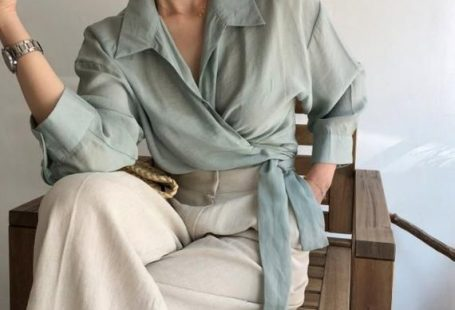 Long sleeve wrap blouse / crop wrap tops / artist tunic / romantic crop top / Button down loose blou