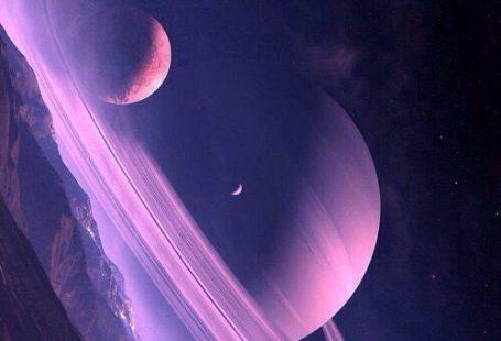 Background mystérieux et épique Espace et grosses planètes sa mère Couleurs douces - tons violet/bleu
