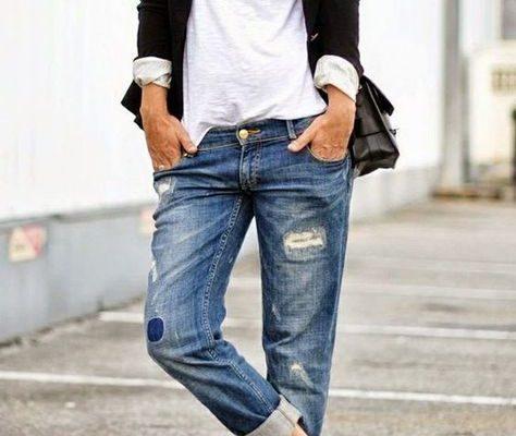 Sneakers zijn niet alleen ontzettend comfy, maar kunnen ook meteen een hele look veranderen van bijvoorbeeld chique naar sportief en speels. Ruil je flats dus een keer in voor je witte sneakers en creëer de perfecte lente-outfit! Zo kan het ook! De leukste lente-outfits in het zwart: