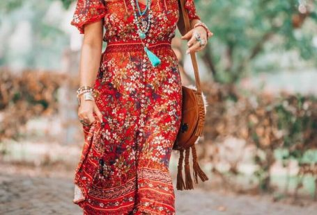 SteadyThreadsStud... loves gorgeous boho accessories, clothing, and design.  Visit our own