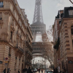 Top 8 ideas for photos in Paris The best way to discover any city is to get lost in it and walk around, falling accidentally on secret gems and nice corners. But what to do if you don