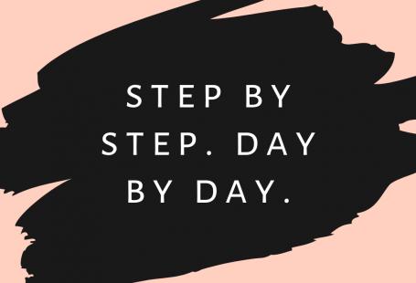 Baixe gratuitamente wallpapers para celular com frases motivacionais e deixe o plano de fundo do seu smartphone muito mais charmoso! #wallpaperiphone #wallpapercelular #papeldeparedeparacelular