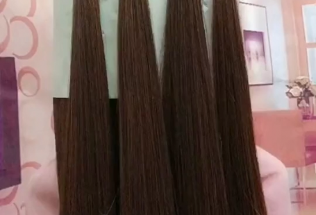 Super easy to try a new #hairstyle ! Download #TikTok today to find more amazing videos. Also you can post videos to show your unique hairstyles! Life's moving fast, so make every second count. #hair #beauty