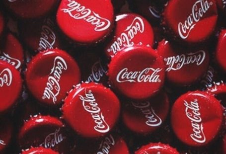 red aesthetic type of blog #redaesthetic red aesthetic type of blog — cherry cola