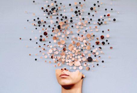 "Rome-based artist Micaela Lattanzio's project ""Fragmenta"" centres on the fragmentation of female identity."