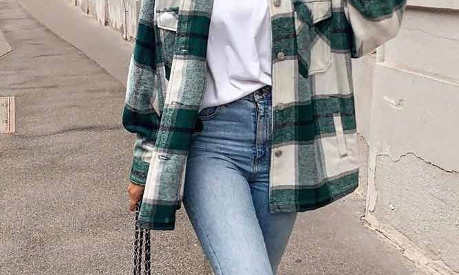 Comfy Fall Look With Flannel Shirt #flannelshirt #jeans ★ When the fall knocks on your door, it is time to think about trendy fall outfit ideas. We happen to have all the best ideas for women, as well as for teens gathered in one place. No matter for school, casual, street style, or for work is the outfit you need- we have it covered!
