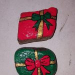 Christmas gifts free hand-painted rocks - do it yourself #christmas #Free #Gifts #handpainted #painted