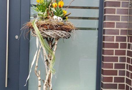 Deko für den Hauseingang, Osterdeko #hausdekoeingangsbereichaussen Deko für den Hauseingang, Osterdeko
