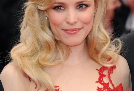 Only Rachel McAdams can be so cute, so sexy, so beautiful and so uniq in the same time