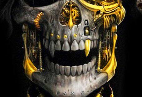 Luxury Golden Metal Skull Theme has the golden metallic skull wallpaper and diamond gold icons for the Android phone.#skull