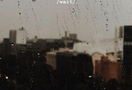 Manhattan im Regen. Sepia-Fotografie.  #manhattan #fotografie #planodefund