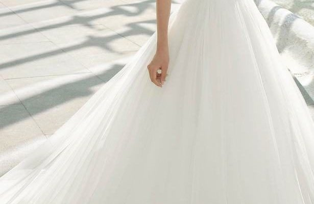 Princess Ball Gown Wedding Dress - Rosa Clara #Wedding #Dresses #Gowns #WeddingDress #WeddingGown