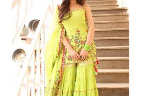 Sara Ali Khan Giving Some Major Outfit Ideas For This Wedding Season #shaadiwish #indianwedding #weddingoutfit #bollywoodoutfitideas