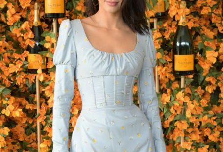 A plethora of celebs and influencers stepped out for the 9th Annual Veuve Clicquot Polo Classic in Los Angeles this weekend. Taking place in Will Rogers State Historic Park, the impressive turnout included model Kendall Jenner, Grey