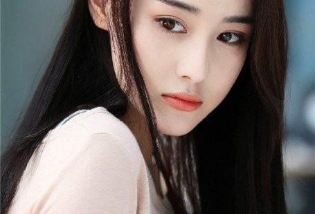 Trương Hinh Dư: Từ gái bao nhà hàng với loạt ảnh nóng đến cú thoát xác ngoạn mục trước Phạm Băng Băng - Ảnh 1.