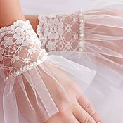 Buy or order Wedding gloves , lace cuffs in online shops on My Livemaster. Data wedding gloves are made of very high quality French lace ivory color. . Evening gloves-lace cuff decorated with ornate French lace ,soft taffeta and lace bow. Wedding gloves lace cuff very fit long wedding or dressy evening dresses. Gloves for the bride very elegant. A wedding is a special occasion when the choice of wedding gloves may depend on many factors.